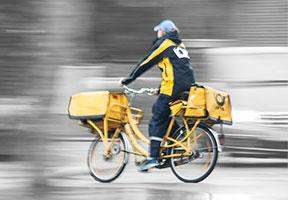 Post Fahrrad Postbote
