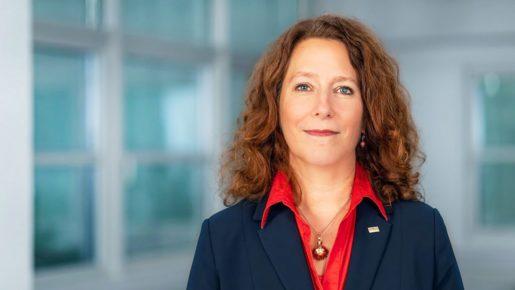 BUWOG-Geschäftsführerin-Eva-Weiss-BUWOG-Blog-Mai-2020.-Foto-Hechtenberg-1026x699